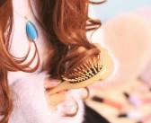 パサつく髪は老けた印象に……。髪に若さを出すためのシャンプー前トリートメント!