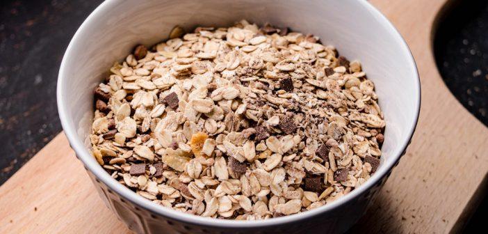 ボリューム満点で楽痩せ! 「押し麦」が人気の理由