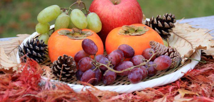 柿、ぶどう、栗、さんま、きのこ……秋の味覚で美肌をつくる