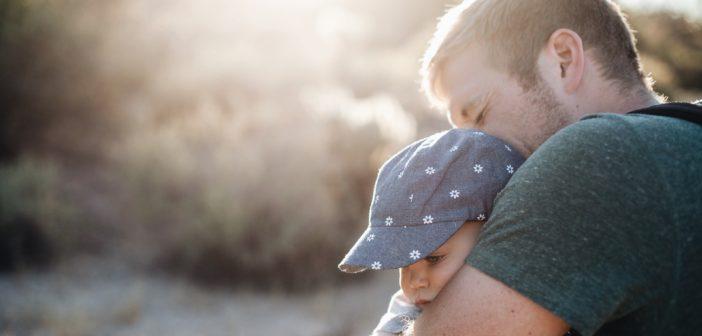 """ママからは共感の声数! 著者自らの失敗をまとめた""""ダメパパ川柳""""から学ぶパパ育児"""