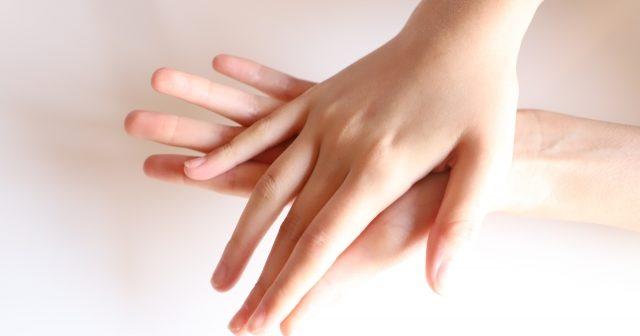 年齢は手にでる!1歳でも若く見える手を作る為の最強保湿ハンドクリーム