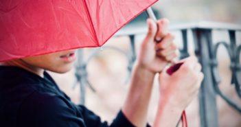 憂鬱な梅雨時期を乗り切るためにはお気に入りのレインアイテムを!