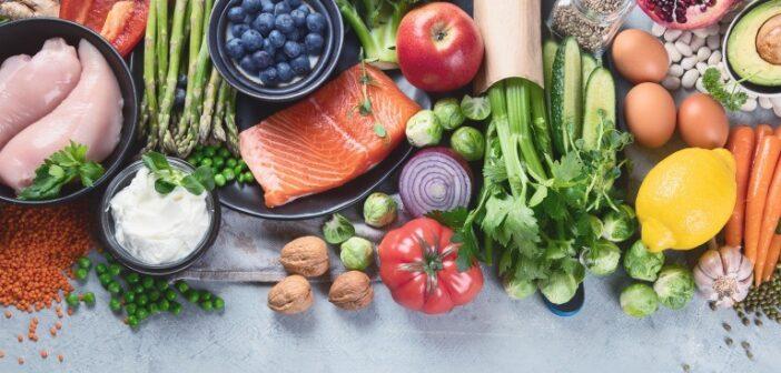 鉄不足の貧血改善におすすめの食べ物|貧血の症状と食事で注意すべき点とは