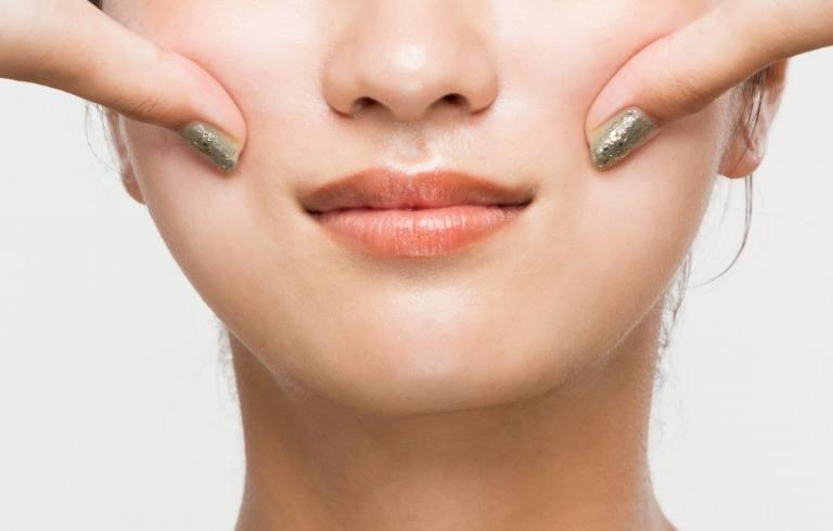 頬の筋肉をほぐす方法