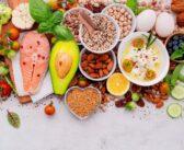 美白におすすめの食べ物・栄養素!メラニン生成抑制・排出を促して美肌を叶えるには